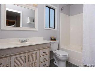 Photo 6: 1068 Costin Ave in VICTORIA: La Langford Proper Half Duplex for sale (Langford)  : MLS®# 635699