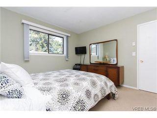 Photo 10: 1068 Costin Ave in VICTORIA: La Langford Proper Half Duplex for sale (Langford)  : MLS®# 635699