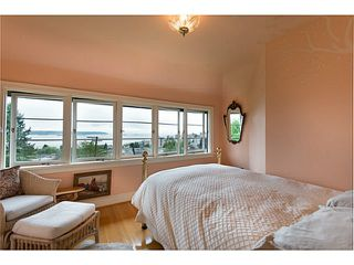 Photo 12: 1091 ESQUIMALT Avenue in West Vancouver: Sentinel Hill House for sale : MLS®# V1015059