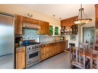 Photo 7: 1091 ESQUIMALT Avenue in West Vancouver: Sentinel Hill House for sale : MLS®# V1015059