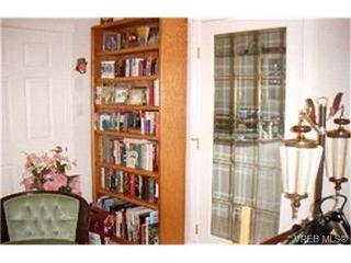 Photo 2:  in VICTORIA: SE Broadmead Condo for sale (Saanich East)  : MLS®# 364966