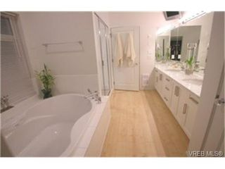 Photo 9:  in VICTORIA: Co Lagoon House for sale (Colwood)  : MLS®# 449378