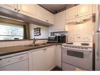 Photo 3: 139 Stonemere Place: Chestermere Townhouse for sale : MLS®# C3628180