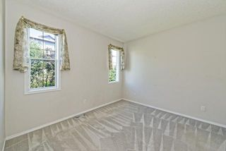 Photo 10: 139 HIDDEN VALLEY GREEN NW in CALGARY: Hidden Valley Residential Attached  (Calgary)  : MLS®# C3634306