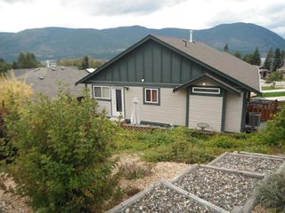 Photo 5: 1036 Southeast 14 Avenue in Salmon Arm: Orchard Ridge House for sale : MLS®# 10088818