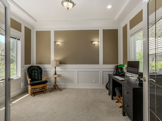 Photo 8: 5908 Boundary Place in Surrey: Panorama Ridge House for sale