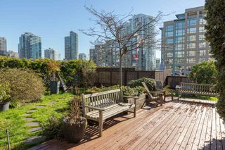 Photo 15: 201 1178 HAMILTON STREET in Vancouver: Yaletown Condo for sale (Vancouver West)  : MLS®# R2038460