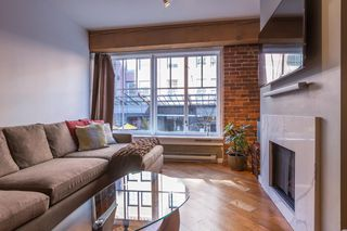 Photo 2: 201 1178 HAMILTON STREET in Vancouver: Yaletown Condo for sale (Vancouver West)  : MLS®# R2038460