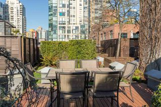 Photo 14: 201 1178 HAMILTON STREET in Vancouver: Yaletown Condo for sale (Vancouver West)  : MLS®# R2038460