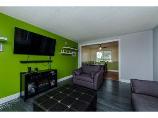 Photo 5: 2145 HOLLY STREET in Abbotsford: Abbotsford West House for sale : MLS®# R2055793