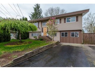 Photo 1: 2145 HOLLY STREET in Abbotsford: Abbotsford West House for sale : MLS®# R2055793