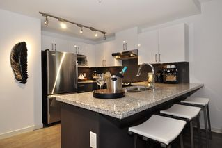 Photo 8: 1006 14 BEGBIE STREET in New Westminster: Quay Condo for sale : MLS®# R2120711