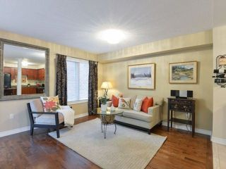 Photo 8: 464 Riverstone Dr in Oakville: Uptown Core Freehold for sale : MLS®# W4214667