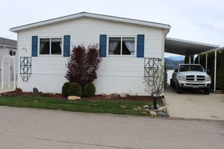 Main Photo: 74 2932 Buckley Road: Sorrento Manufactured Home for sale ()