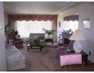 Photo 2: 4881 RIDGELAWN Drive in BRENTWOOD: Brentwood Park Home for sale ()  : MLS®# V545710