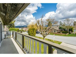 Photo 10: 12287 GREENWELL Street in Maple Ridge: East Central House for sale : MLS®# R2447158
