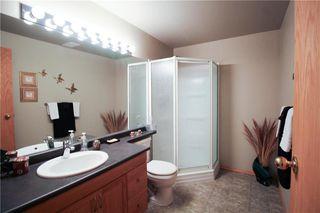 Photo 17: 83 Burke Bay in Winnipeg: Royalwood Residential for sale (2J)  : MLS®# 202009870