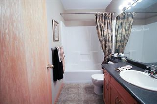 Photo 10: 83 Burke Bay in Winnipeg: Royalwood Residential for sale (2J)  : MLS®# 202009870