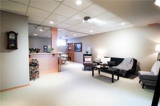 Photo 12: 83 Burke Bay in Winnipeg: Royalwood Residential for sale (2J)  : MLS®# 202009870