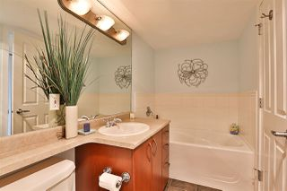 """Photo 13: 1101 235 GUILDFORD Way in Port Moody: North Shore Pt Moody Condo for sale in """"THE SINCLAIR"""" : MLS®# R2465214"""