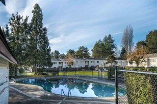 """Photo 2: 119 14159 104 Avenue in Surrey: Whalley Townhouse for sale in """"HAWTHORNE PARK"""" (North Surrey)  : MLS®# R2476672"""