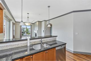 Photo 9: 212 1642 Mckenzie Ave in Saanich: SE Lambrick Park Condo for sale (Saanich East)  : MLS®# 844016