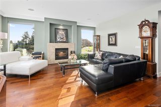Photo 17: 201 3223 Selleck Way in Colwood: Co Lagoon Condo for sale : MLS®# 841207