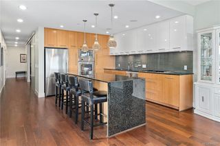 Photo 10: 201 3223 Selleck Way in Colwood: Co Lagoon Condo Apartment for sale : MLS®# 841207