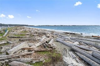 Photo 44: 201 3223 Selleck Way in Colwood: Co Lagoon Condo Apartment for sale : MLS®# 841207