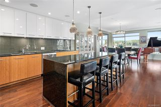 Photo 15: 201 3223 Selleck Way in Colwood: Co Lagoon Condo for sale : MLS®# 841207