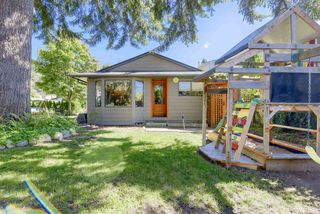 Photo 1: 1798 GARDEN Avenue in North Vancouver: Pemberton NV House for sale : MLS®# R2494520