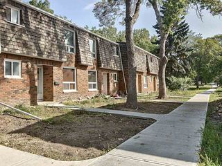 Photo 1: 37 Great Oaks: Sherwood Park Townhouse for sale : MLS®# E4214982
