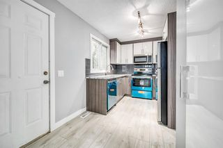 Photo 3: 129 405 64 Avenue NE in Calgary: Thorncliffe Row/Townhouse for sale : MLS®# A1037225