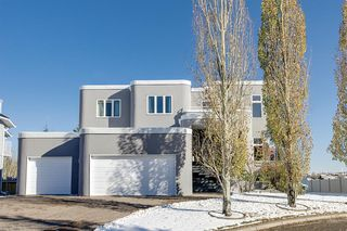 Main Photo: 136 Woodacres Drive SW in Calgary: Woodbine Detached for sale : MLS®# A1045997