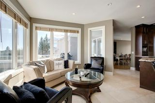 Photo 19: 136 Woodacres Drive SW in Calgary: Woodbine Detached for sale : MLS®# A1045997