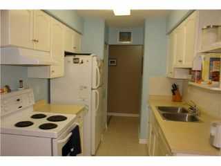 """Photo 4: 306 110 7 Street in New Westminster: Uptown NW Condo for sale in """"VILLA MONTEREY"""" : MLS®# V929454"""