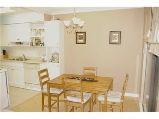"""Photo 3: 306 110 7 Street in New Westminster: Uptown NW Condo for sale in """"VILLA MONTEREY"""" : MLS®# V929454"""