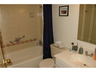 """Photo 6: 306 110 7 Street in New Westminster: Uptown NW Condo for sale in """"VILLA MONTEREY"""" : MLS®# V929454"""