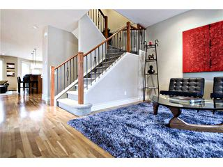 Photo 2: 2423 27 Street SW in : Killarney Glengarry Residential Attached for sale (Calgary)  : MLS®# C3508407