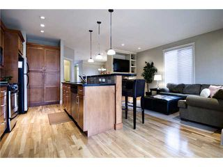 Photo 5: 2423 27 Street SW in : Killarney Glengarry Residential Attached for sale (Calgary)  : MLS®# C3508407