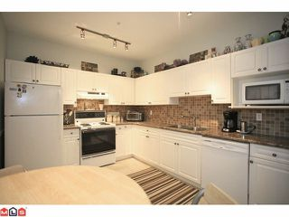 "Photo 3: 202 5489 201ST Street in Langley: Langley City Condo for sale in ""CANIM COURT"" : MLS®# F1210773"