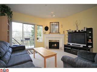 "Photo 2: 202 5489 201ST Street in Langley: Langley City Condo for sale in ""CANIM COURT"" : MLS®# F1210773"