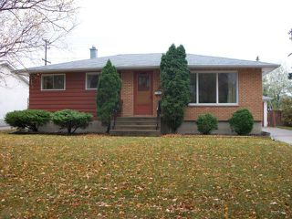Photo 1: 178 Danbury Bay in WINNIPEG: Westwood / Crestview Residential for sale (West Winnipeg)  : MLS®# 1221000