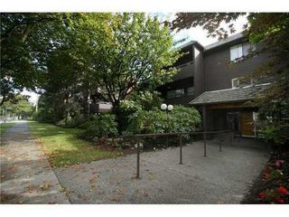 Photo 5: 311 1720 12TH Ave W in Vancouver West: Fairview VW Home for sale ()  : MLS®# V871297