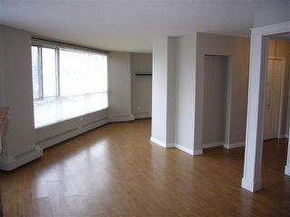 Photo 17: 204 - 2425 90 Avenue SW in Calgary: Palliser Condo for sale : MLS®# C3549903
