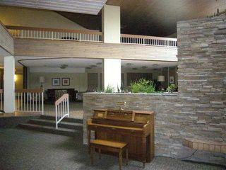 Photo 4: 204 - 2425 90 Avenue SW in Calgary: Palliser Condo for sale : MLS®# C3549903