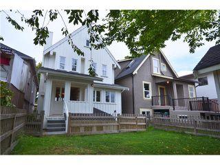 """Photo 10: 4356 PRINCE EDWARD ST in Vancouver: Fraser VE House for sale in """"MAIN/FRASER"""" (Vancouver East)  : MLS®# V991538"""