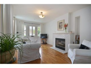 """Photo 4: 4356 PRINCE EDWARD ST in Vancouver: Fraser VE House for sale in """"MAIN/FRASER"""" (Vancouver East)  : MLS®# V991538"""