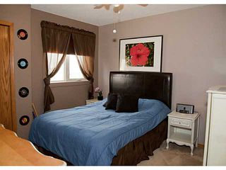 Photo 13: 220 SHANNON Mews SW in CALGARY: Shawnessy Residential Detached Single Family for sale (Calgary)  : MLS®# C3564293