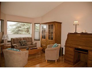 Photo 3: 220 SHANNON Mews SW in CALGARY: Shawnessy Residential Detached Single Family for sale (Calgary)  : MLS®# C3564293